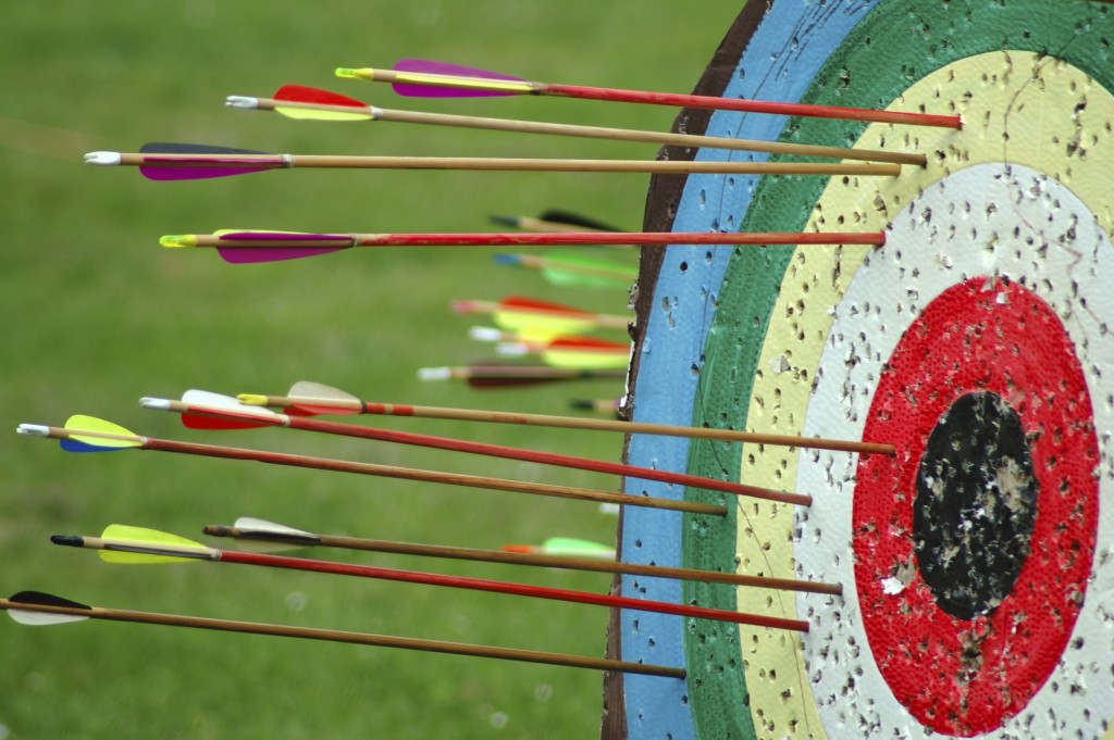 Arrows-and-Target-1024x681